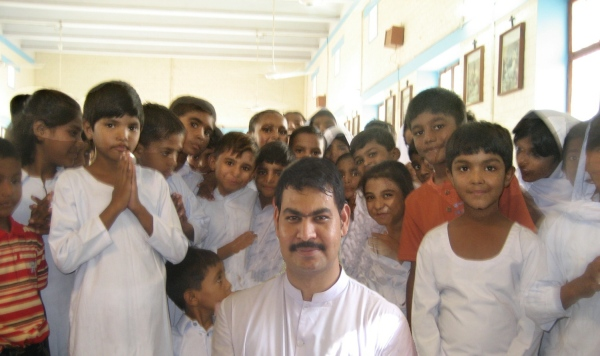 Children and Fr Ejaz